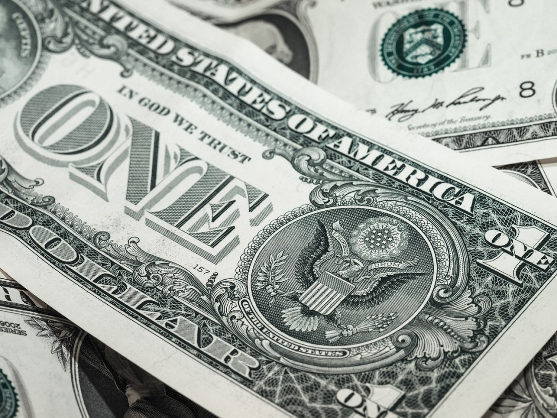 'E-tithing' catching on in some denominations, helps churches keep revenuesteady