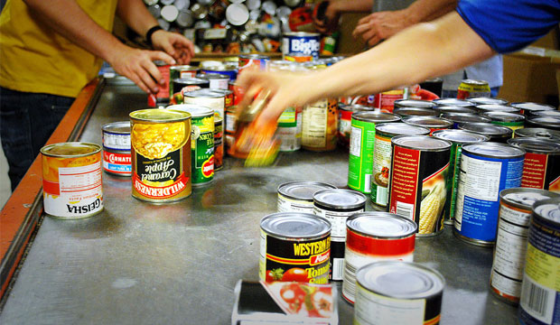 DIET: Nation's food banks put more emphasis on nutrition